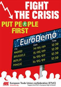 Plakat zur EGB-Demo gegen die Finanzkrise.  Motto: Fight the crisis. Put people first. Motiv: eine stilisierte Abfahrtsanzeige mit den Ort und Zeit der Demos.